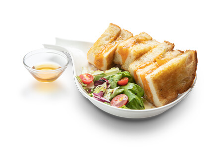 crispy-butter-fried-sandwich-with-honey-and-stilton-cheese